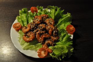 Grilled shrimp with sesame
