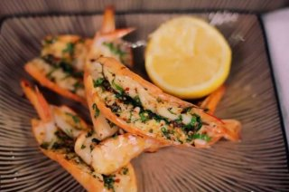 King prawns grilled pita from Evans